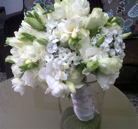 imagenes de rosas blancas naturales ramos de novia de rosas blancas