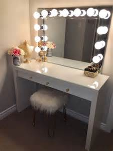 Makeup Desk With Lights And Mirror The 25 Best Mirror Vanity Ideas On Diy Makeup Vanity Makeup Room Decor And