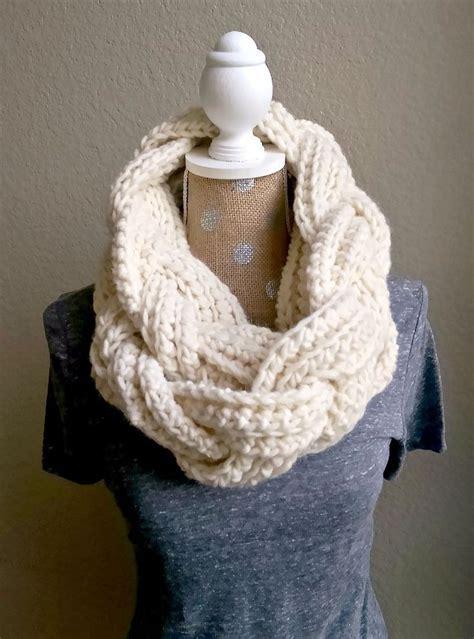 free patterns infinity scarf 25 best ideas about scarf crochet on crochet