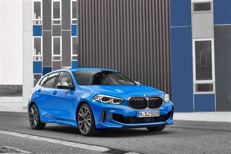 bmw  series  official images prices specs
