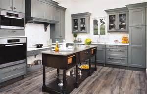 Kitchen Classics Cabinets Lowes foil kitchen cabinets you can see the thermofoil kitchen cabinets