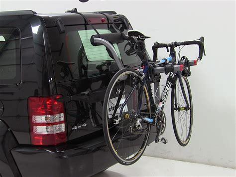 Bike Rack For Jeep by Trunk Bike Racks For 2012 Jeep Liberty Yakima Y02624