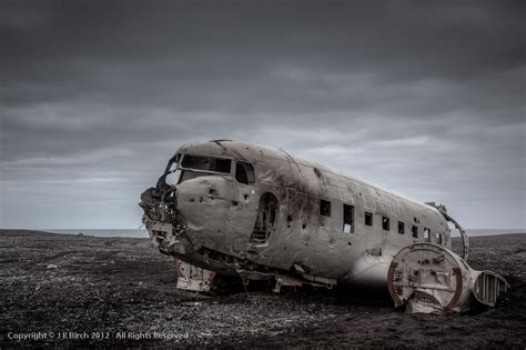 wallpaper engine keeps crashing airplane wreckage iceland amazing places