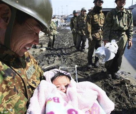 imagenes japon terremoto jap 243 n tras ser devastado por el terremoto 9 0 del 11 de