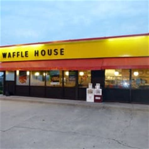 waffle house fast food 102 lect dr perry ga