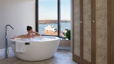 bathtubs sydney 7 spectacular four seasons bathtub views gentleman s style