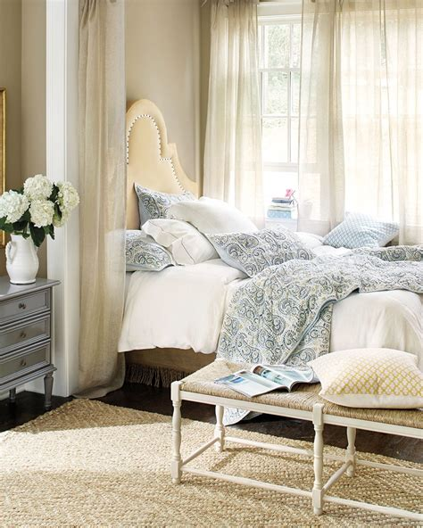 Window Beds 10 ways to place your bed in front of a window how to