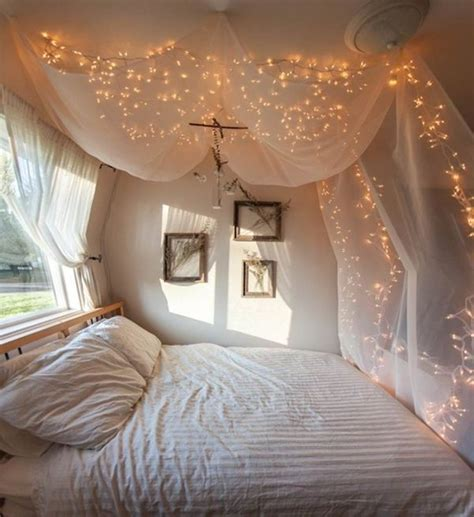 Decoration Lights For Bedroom 25 Best Ideas About Canopy Bed Curtains On Pinterest Bed Curtains Bed With Curtains And