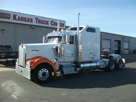 used kenworth w900l trucks for sale used 2005 kenworth w900l for sale truck center