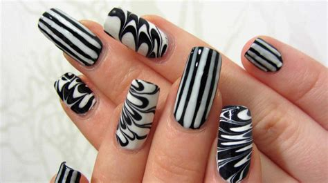 Easy Nail Paint Designs by White Nails White Nail Paint Fashion Nails 2018 Summer