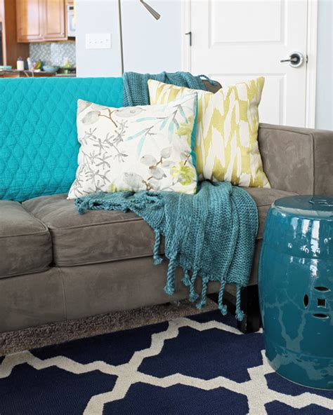 blanket for couch how and where to use throw blankets teal and lime by
