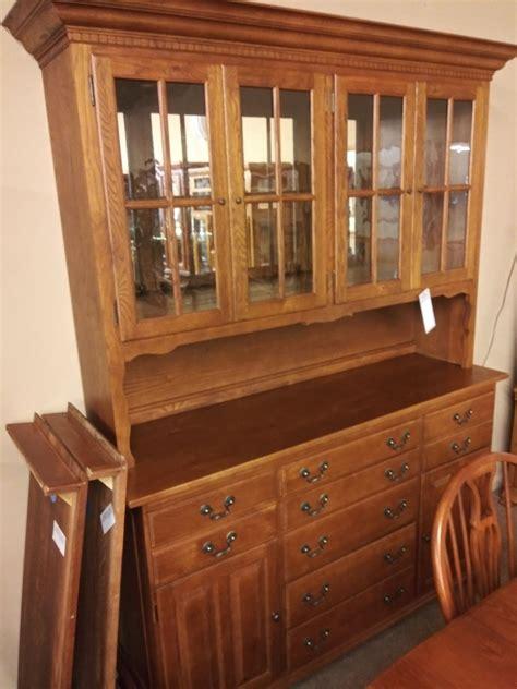 keller oak dining set delmarva furniture consignment