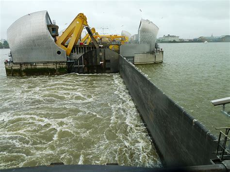 thames barrier environment agency thames barrier in closing function flickr photo sharing