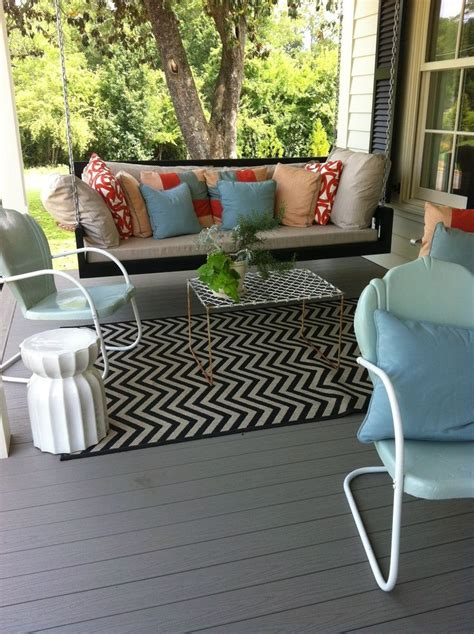 front yard swing 1000 ideas about front porch swings on pinterest porch