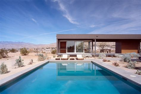 U Shaped House Plans by Marmol Radziner Desert House