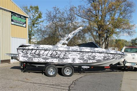 malibu boats vinyl digital snow camouflage wrap malibu boat wrap wake and