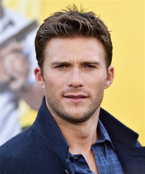 Blue And White Decorating Scott Eastwood Melts Hearts At The Burning Man Kissing
