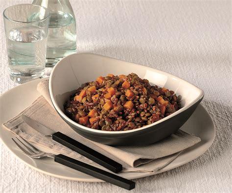 cucinare il riso rosso ricetta riso rosso con lenticchie la cucina italiana