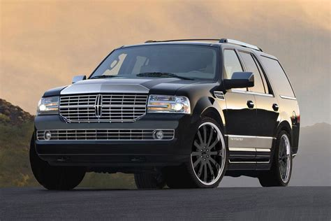 lincoln navigator 2011 2011 lincoln navigator price mpg review specs pictures