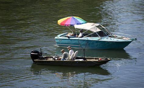 boat store sacramento salmon fishing slow on sacramento river the sacramento bee