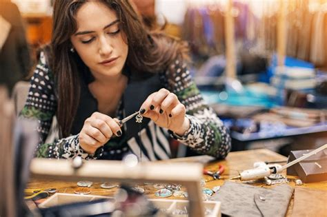 who makes jewelry how to sell your diy