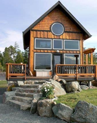 backyard granny pods viveraticom best 25 granny pod ideas on pinterest guest cottage