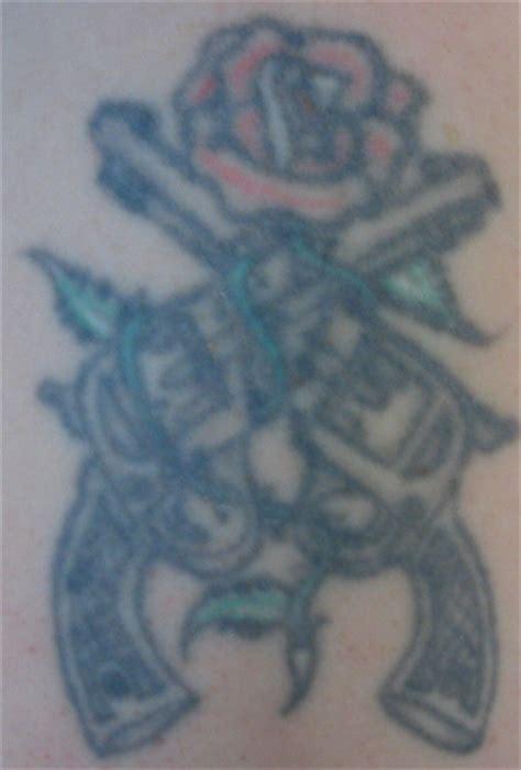 guns n roses location right upper arm design quite