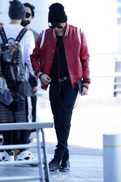 Varsity Got7 Member got7 show their new hairstyles at the airport omona