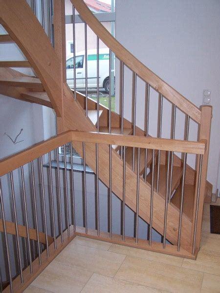 wendeltreppe geländer handlauf balkon welches holz innenr 228 ume und m 246 bel ideen