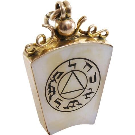 edwardian masonic pendant 9k gold agate holy royal