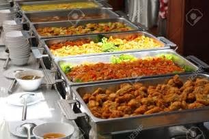 Olive Garden Family Meals - why buffet catering is the ideal choice for any event corporate food catering singapore