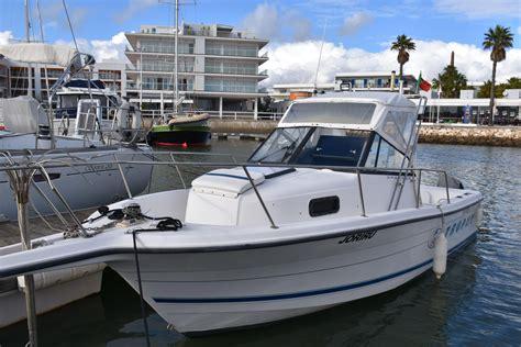 bayliner trophy hardtop boats for sale uk 1996 bayliner trophy 2352 power new and used boats for sale