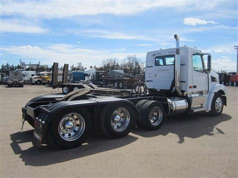 commercial volvo trucks for sale 2008 volvo vt64t800 day cab semi truck for sale 390 000