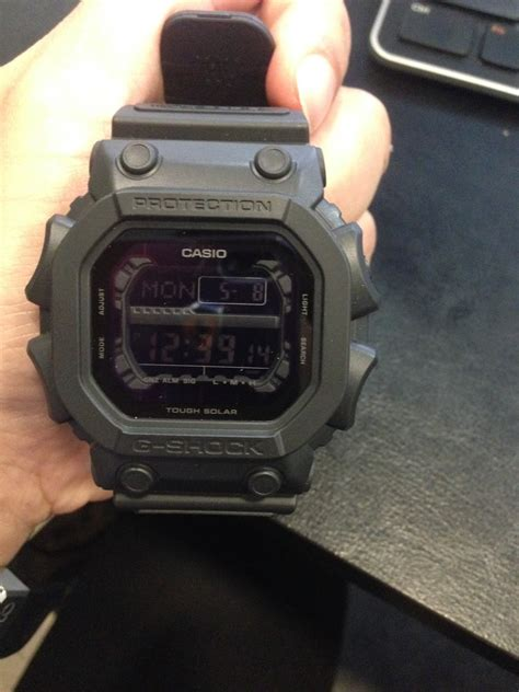 eastern  collection casio  shock black  basic