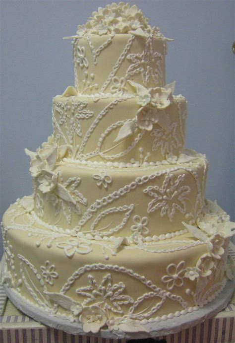 best wedding cakes pictures 20 best wedding cakes from professional cake decorators