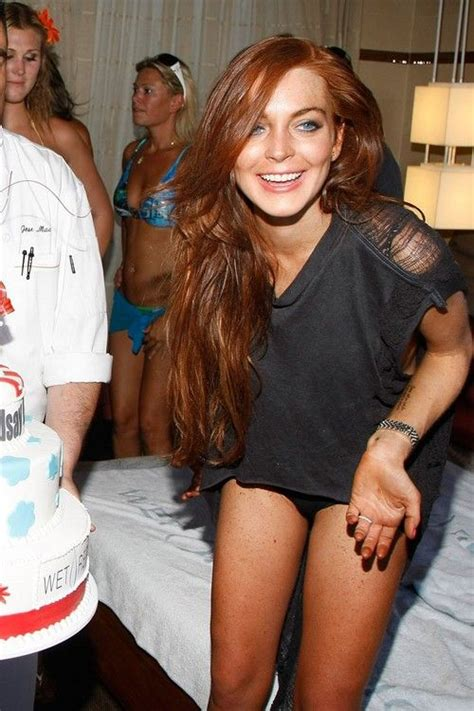 Is Lindsay Lohan Cleaning Up Act by 25 Best Ideas About Auburn Hair On