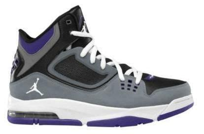 basketball shoes at foot locker celebrate the nba playoffs with a great basketball shoe