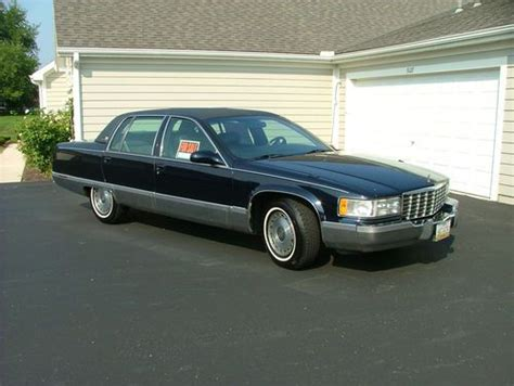 find used 1996 cadillac fleetwood brougham sedan 4 door 5 7l 1 owner excellent condition in find used 1996 cadillac fleetwood brougham sedan 4 door 5 7l 1 owner excellent condition in