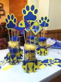 blue and gold banquet centerpieces blue gold centerpieces using cricut cub scout cartridge