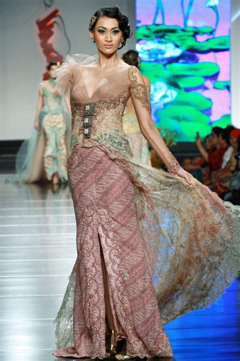 Kain Batik Primisima Rangrang Pastel tempoe doeloe by avantie wedding ideas