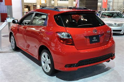 toyota matrix toyota matrix discontinued for 2014 autoblog