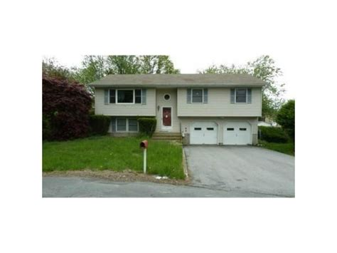 15 r dean place middletown ny 10941 foreclosed home