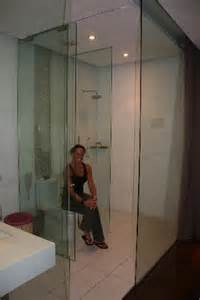 glasbild badezimmer glass bathroom picture of hotel kapok beijing beijing
