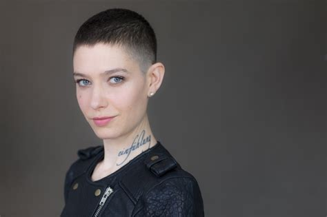 film 2017 presenter billions breakout asia kate dillon tapped as first