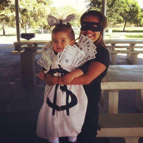 halloween  bank robber  money bag costume