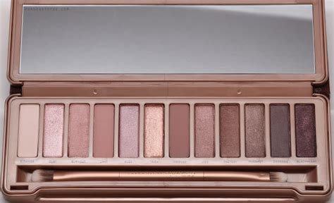 Naked4 4 Eyeshadow Decay 3 review swatches decay 3 palette from to toe