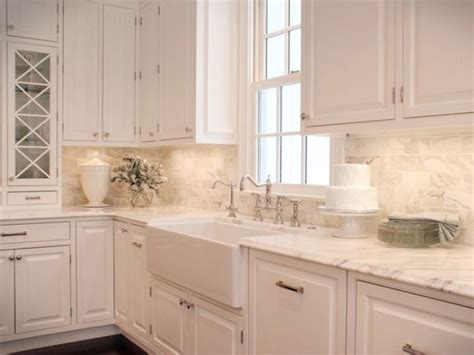 kitchen backsplash ideas pinterest 1000 ideas about white kitchen backsplash on pinterest