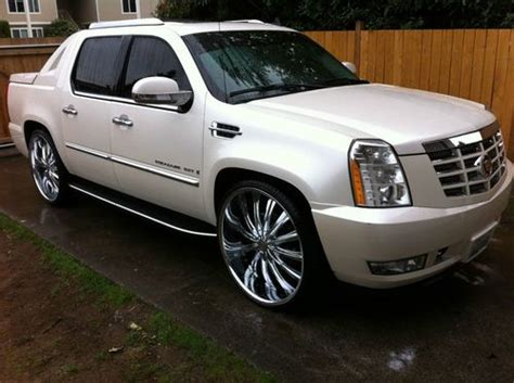 Custom Cadillac Escalade Ext by Find Used 2007 Cadillac Escalade Ext 28 Wheels Custom