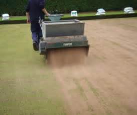 Top Dresser Hire by Top Dressers For Hire From Turfleet Hire Uk Call 08006127346