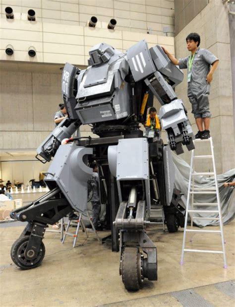 membuat robot battle the giant kuratas battle mech neatorama